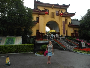 Bron outside Prince City in Guilin