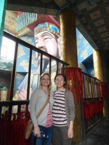 Bron and Anny meet a rather large Tao statue
